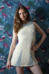 Kleid gestrickt Wolle Zürich handarbeit